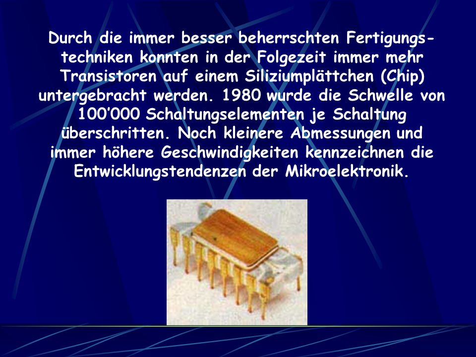 Der Mailüfterl bestand aus 3000 Transistoren, 5000 Dioden und 30 km Draht. Mit einer Breite von 4 Metern, einer Höhe von 2,5 Metern und einer Tiefe vo