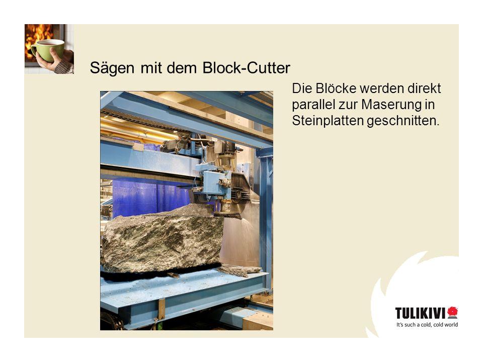 Die Blöcke werden direkt parallel zur Maserung in Steinplatten geschnitten. Sägen mit dem Block-Cutter
