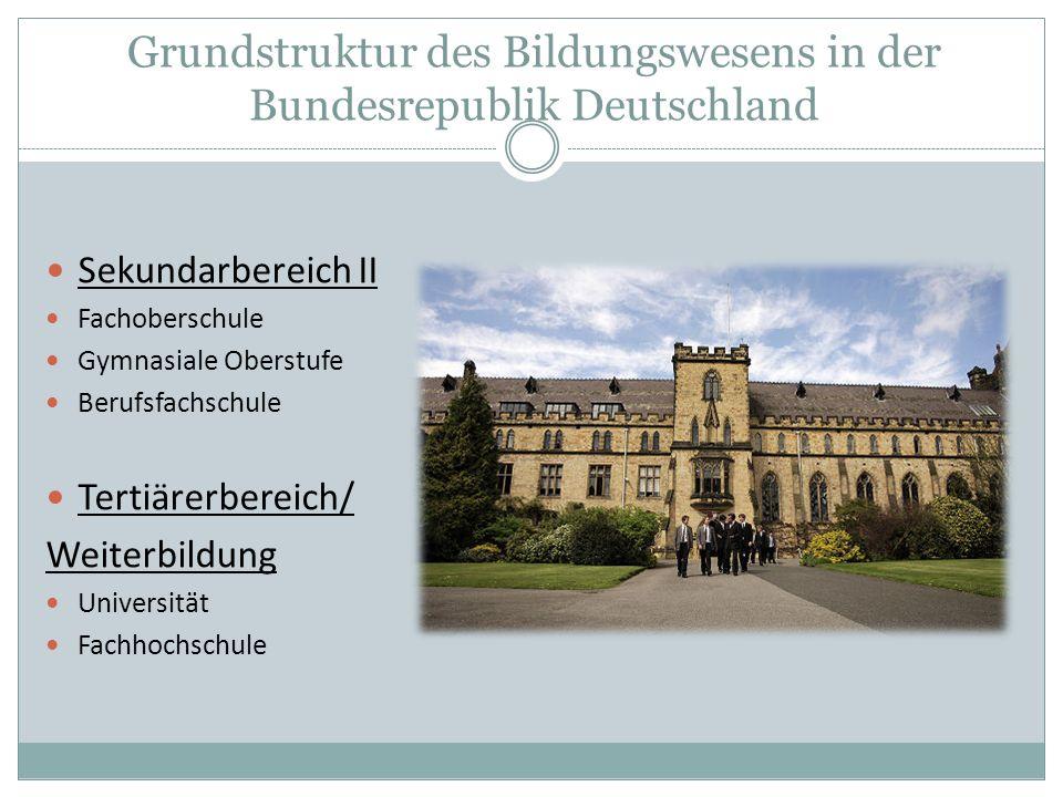 DAAD Der Deutsche Akademische Austauschdienst Eine gemeinsame Einrichtung der deutschen Hochschulen Aufgabe: die Hochschulbeziehungen mit dem Ausland, vor allem durch den Austausch von Studierenden fördern und das deutsche Hochschulsystem im Ausland bekannt machen mittels Stipendien an ausländische Studierende und Gastaufenthalte von ausländischen Wissenschaftlern in Deutschland.