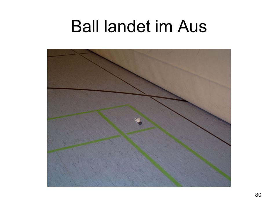 80 Ball landet im Aus