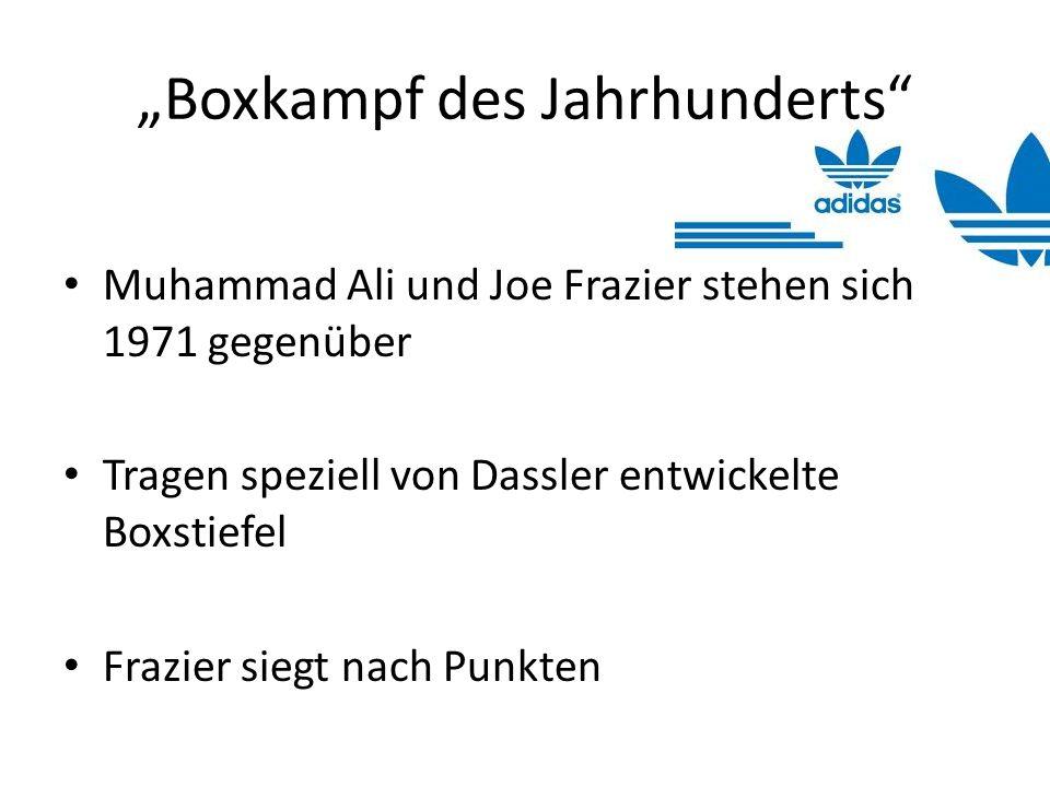 Boxkampf des Jahrhunderts Muhammad Ali und Joe Frazier stehen sich 1971 gegenüber Tragen speziell von Dassler entwickelte Boxstiefel Frazier siegt nac