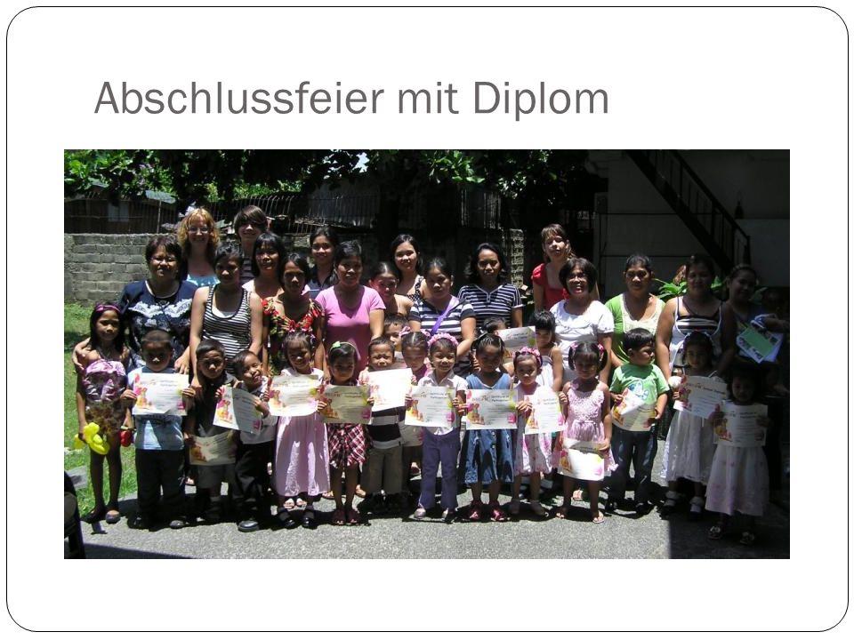 Abschlussfeier mit Diplom