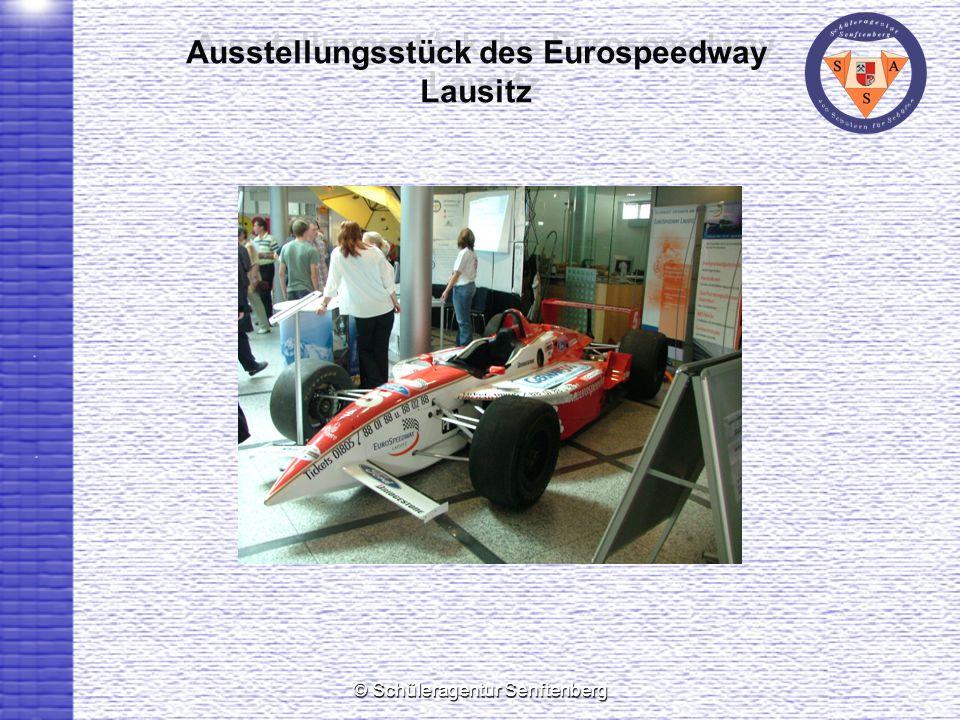 © Schüleragentur Senftenberg Ausstellungsstück des Eurospeedway Lausitz