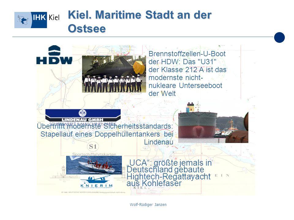 Wolf-Rüdiger Janzen Kiel. Maritime Stadt an der Ostsee Brennstoffzellen-U-Boot der HDW: Das