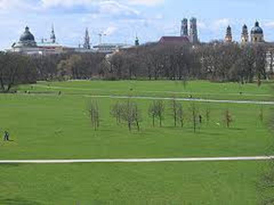 Nationalen Wohlstands Nationalen Wohlstands und ehemalige königliche Residenz: Luxuriöse Residenz Museum ist in zwei große und beeindruckende Museen aufgeteilt.