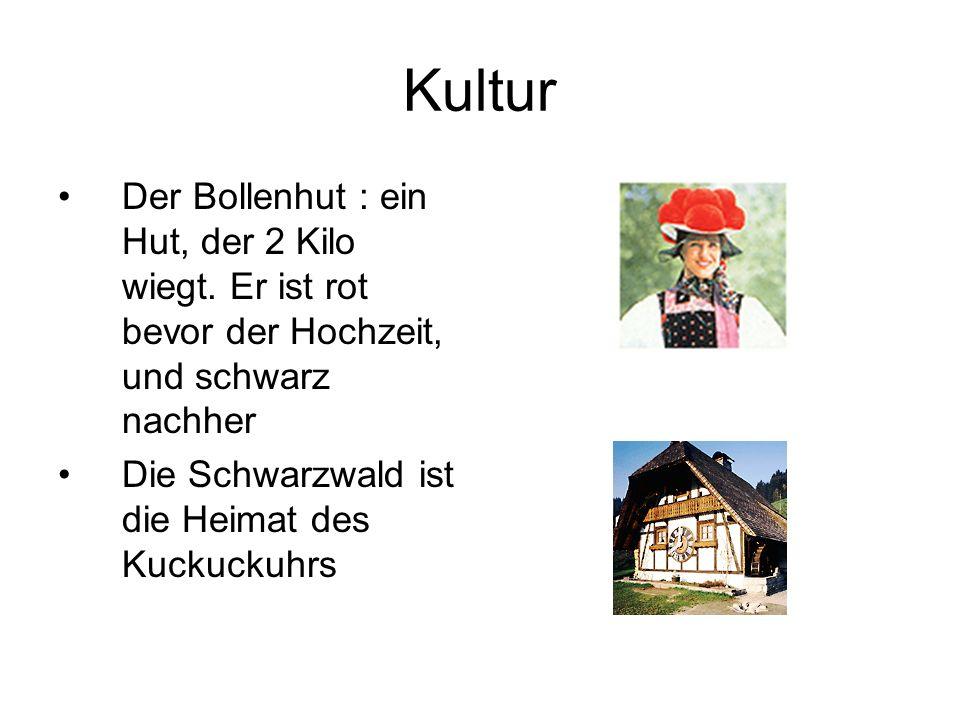 Kultur Der Bollenhut : ein Hut, der 2 Kilo wiegt.