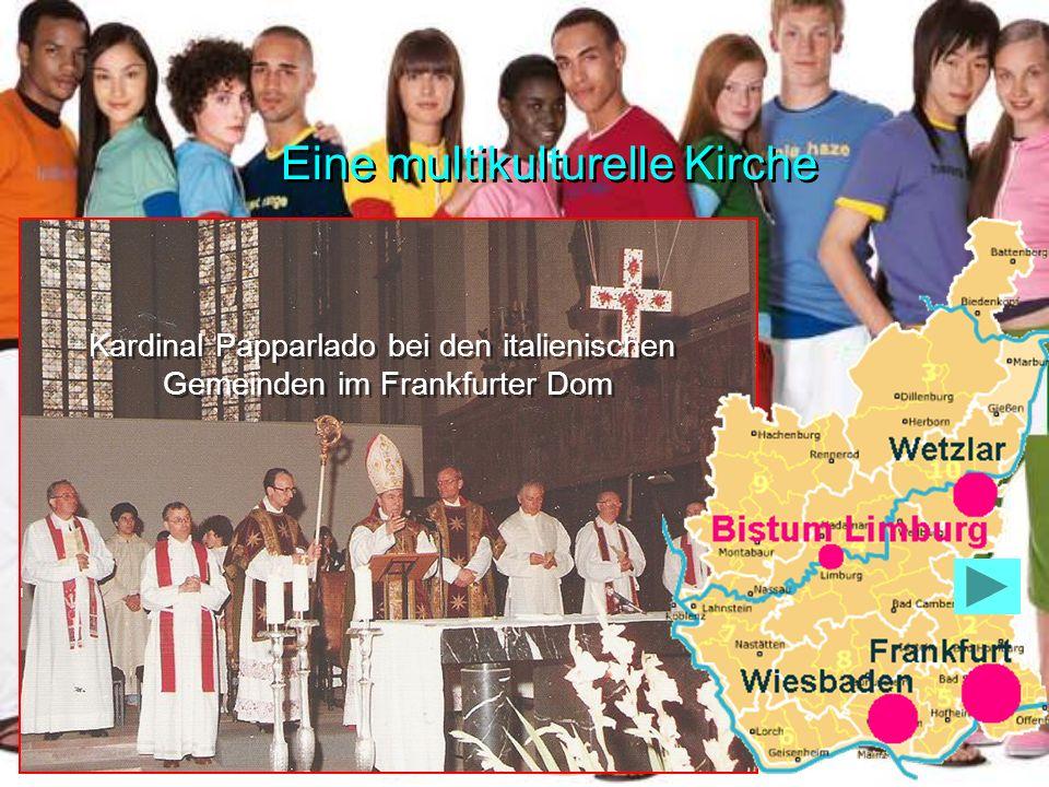Kardinal Papparlado bei den italienischen Gemeinden im Frankfurter Dom