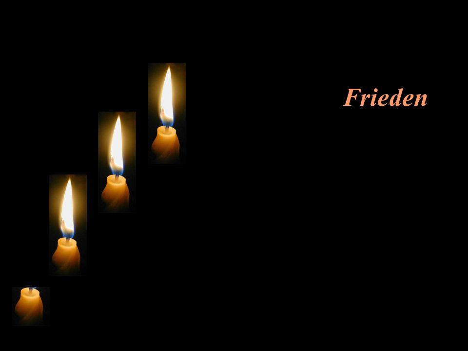 Die erste Kerze seufzt: Ich heisse Frieden.