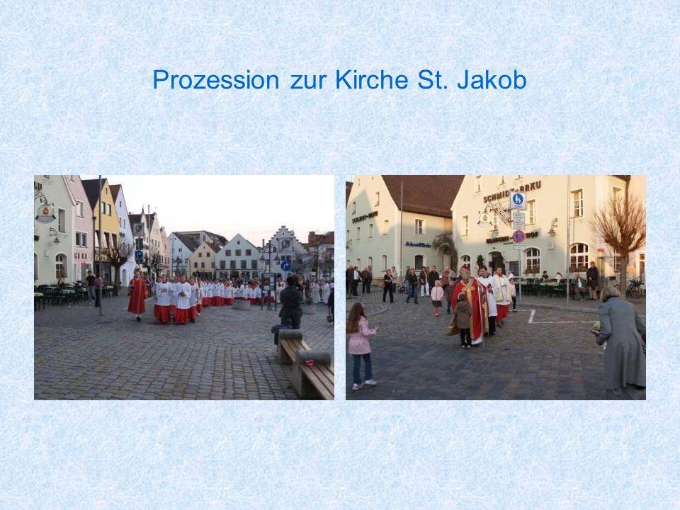Prozession zur Kirche St. Jakob