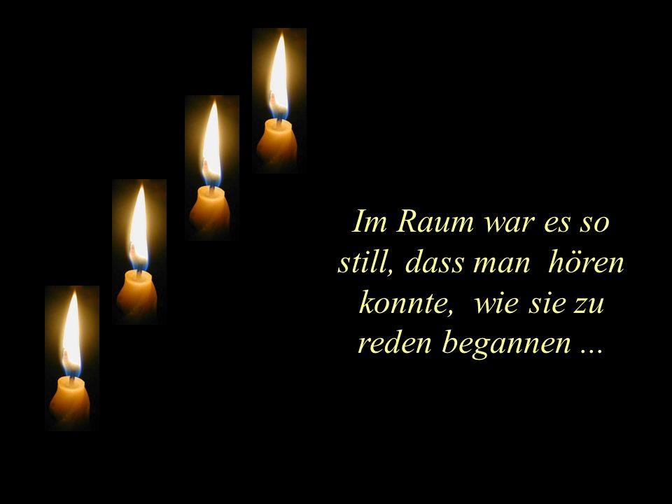 Vier Kerzen brannten am Adventskranz.