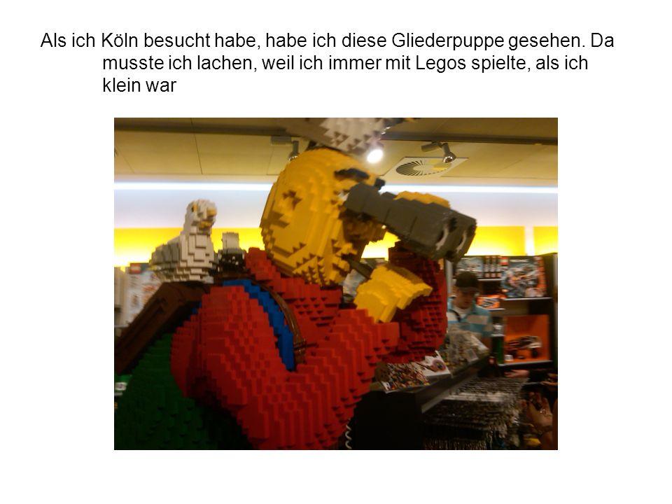 Als ich Köln besucht habe, habe ich diese Gliederpuppe gesehen.