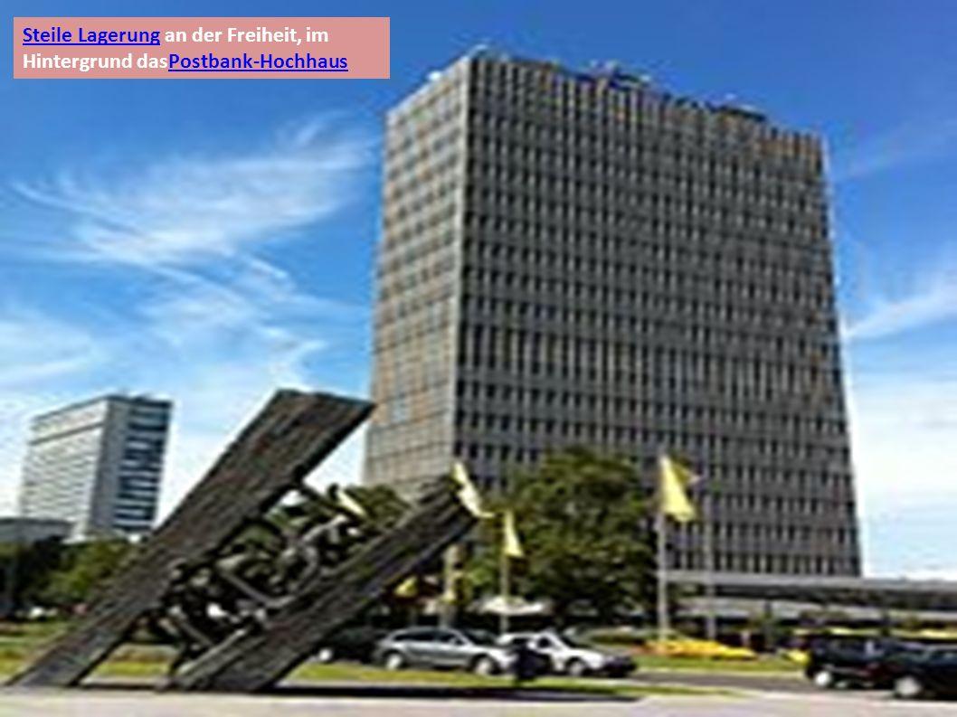 Steile LagerungSteile Lagerung an der Freiheit, im Hintergrund dasPostbank-HochhausPostbank-Hochhaus