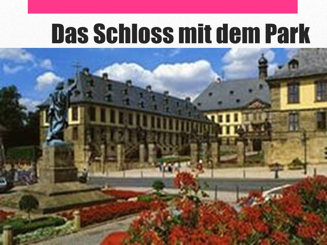 Das Schloss mit dem Park
