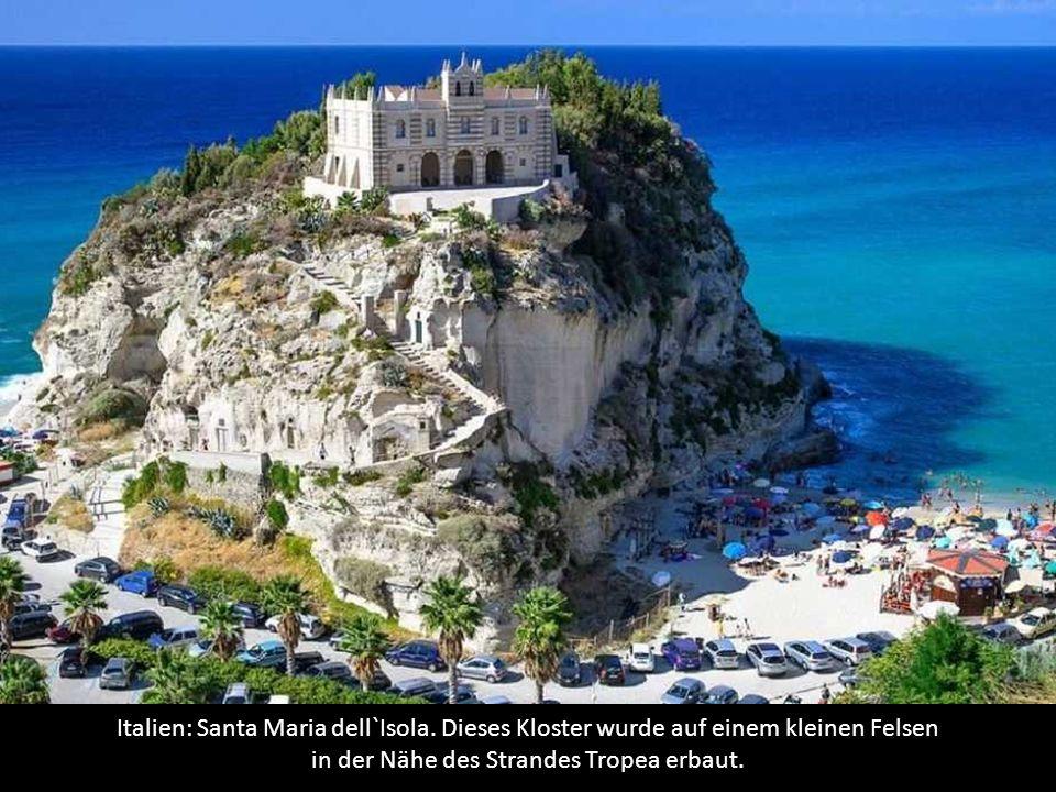Italien: Santa Maria dell`Isola.