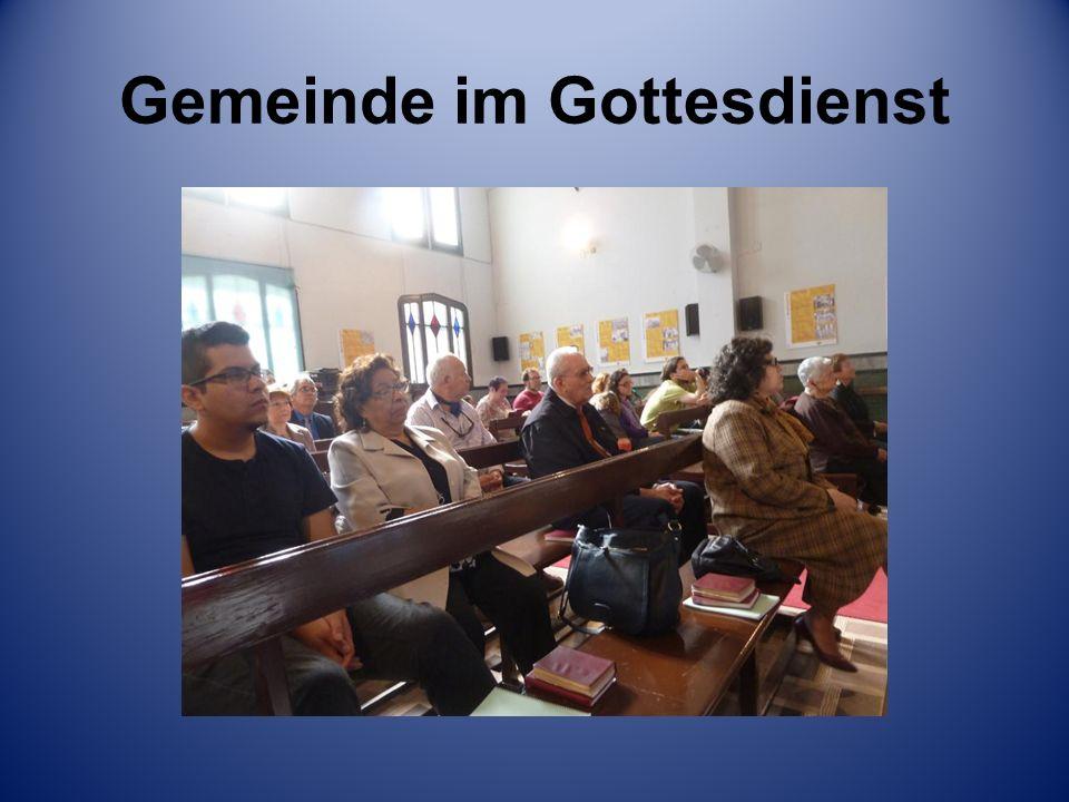 Gemeinde im Gottesdienst