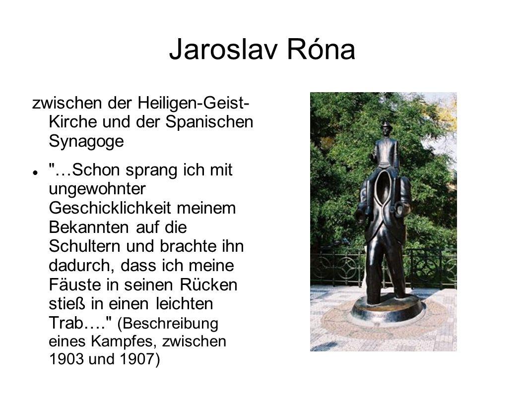 Jaroslav Róna zwischen der Heiligen-Geist- Kirche und der Spanischen Synagoge