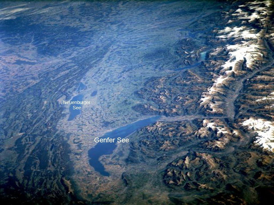 Die Schweizer Alpen und der Genfer See.