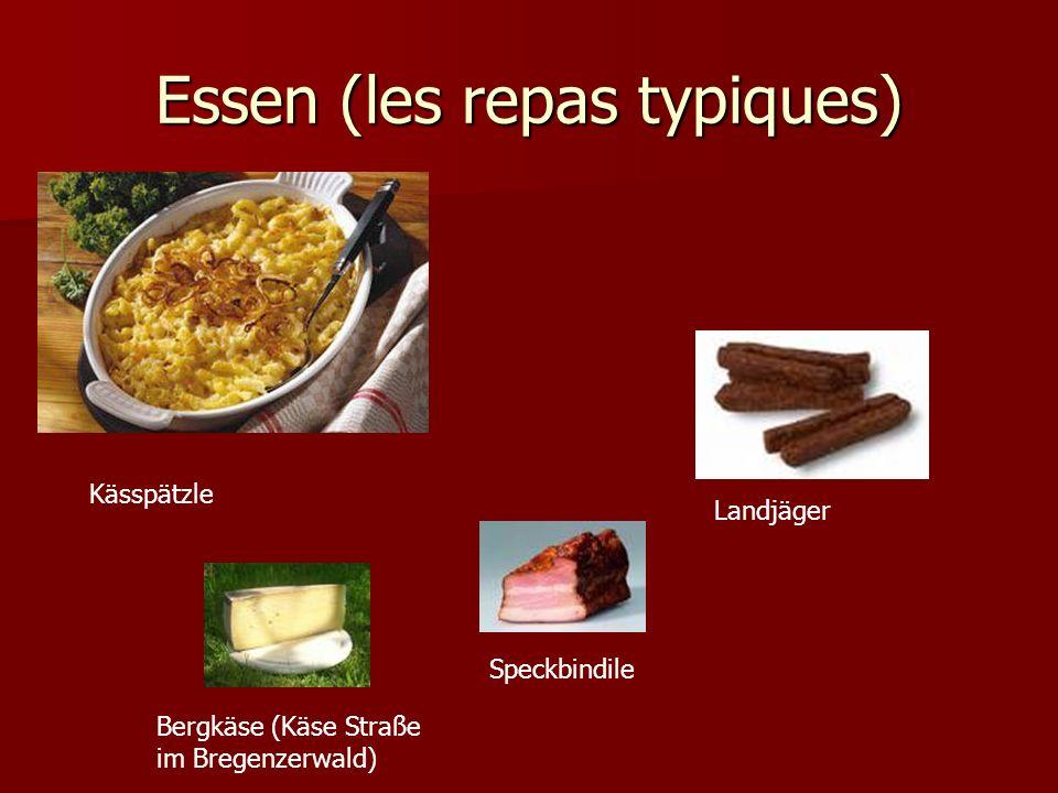 Essen (les repas typiques) Kässpätzle Speckbindile Landjäger Bergkäse (Käse Straße im Bregenzerwald)
