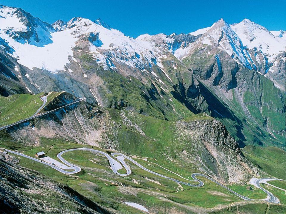 die Fahrt führt über die Alpen…