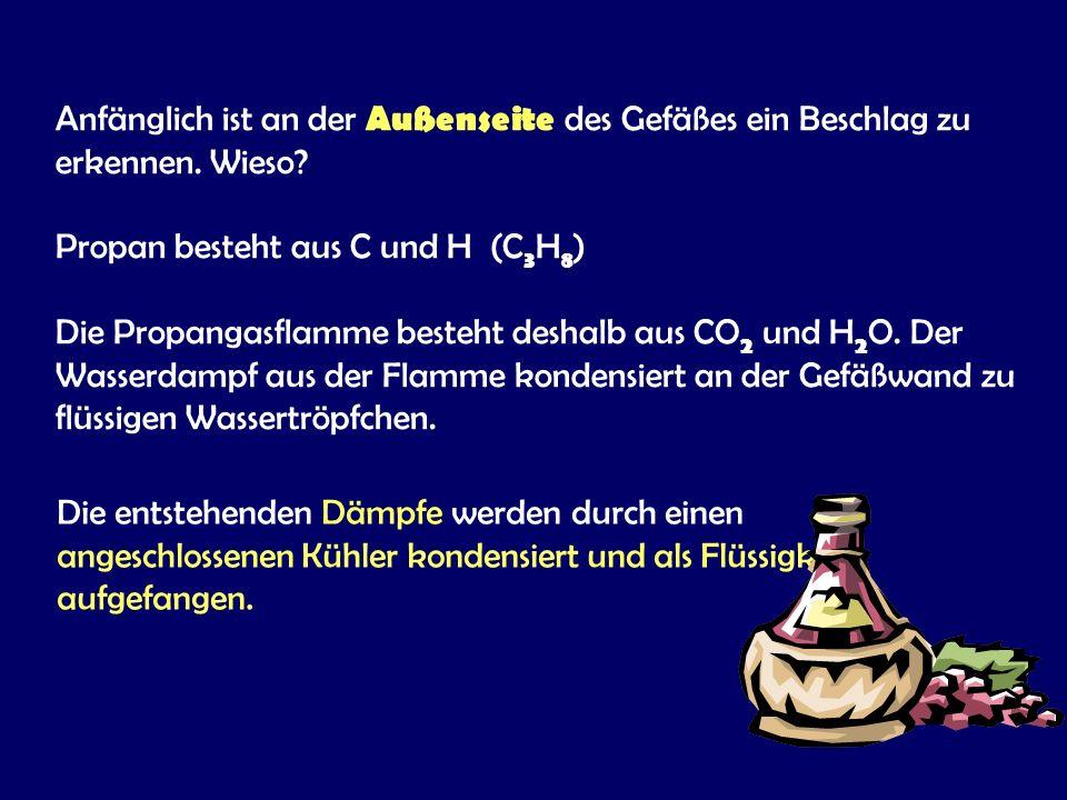 """Alkoholdestillation: """"Schnapsbrennen"""" Die Destillation von Alkohol (Ethanol) ermöglicht die Herstellung hochprozentiger Spirituosen. Sie nützt die unt"""