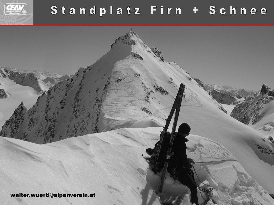  Führer sichern Gäste in Schnee & Firn normalerweise im Nachstieg.