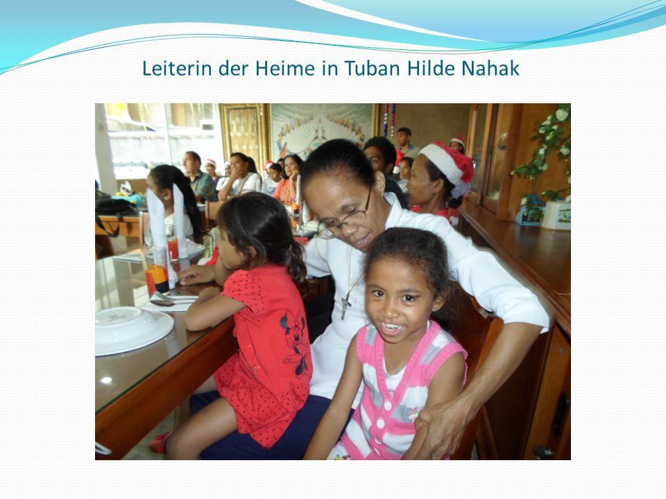Leiterin der Heime in Tuban Hilde Nahak