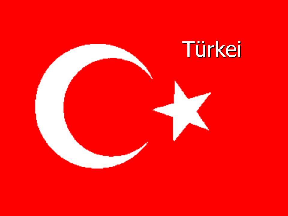 Allgemein Hauptstadt: Ankara Hauptstadt: Ankara Fläche: 779.452 km 2 Fläche: 779.452 km 2 Einwohner: 75.863.600 Einwohner: 75.863.600 Währung: Neue Türkische Lira Währung: Neue Türkische Lira Höchster Berg : Ararat Höchster Berg : Ararat Längster Fluss : Euphrat Längster Fluss : Euphrat