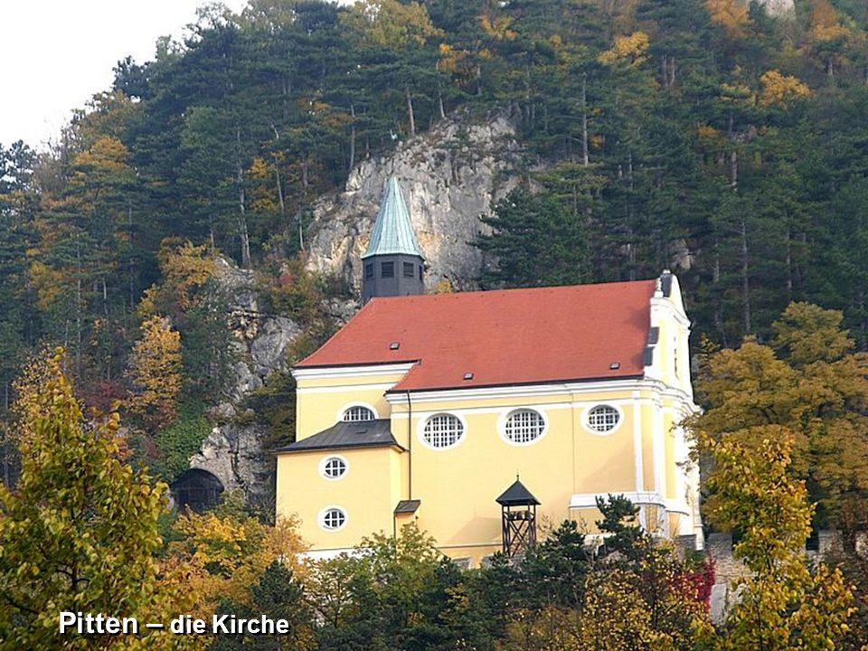 Pitten - Burg Pitten