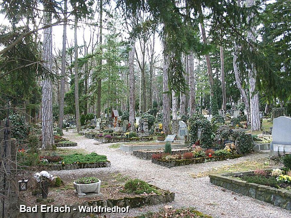 Bad Erlach – gläserner Kreuzweg zum Waldfriedhof