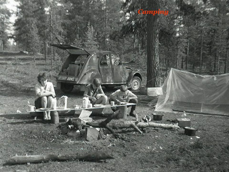 Camping- Wagen