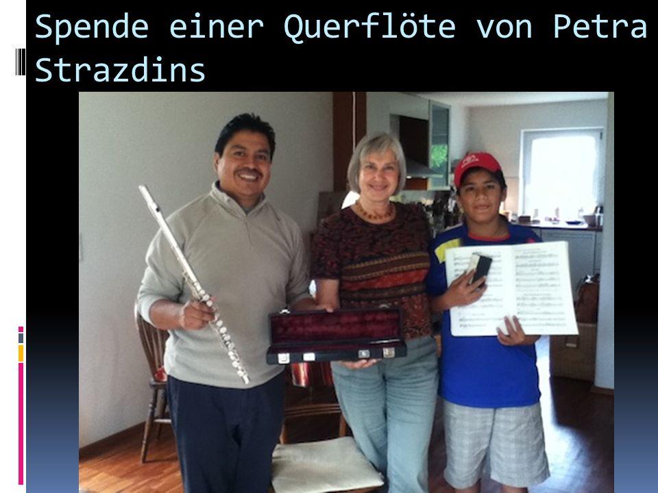 Am Dirigieren des What´s New Orchesta (Martin Fredebbeul)