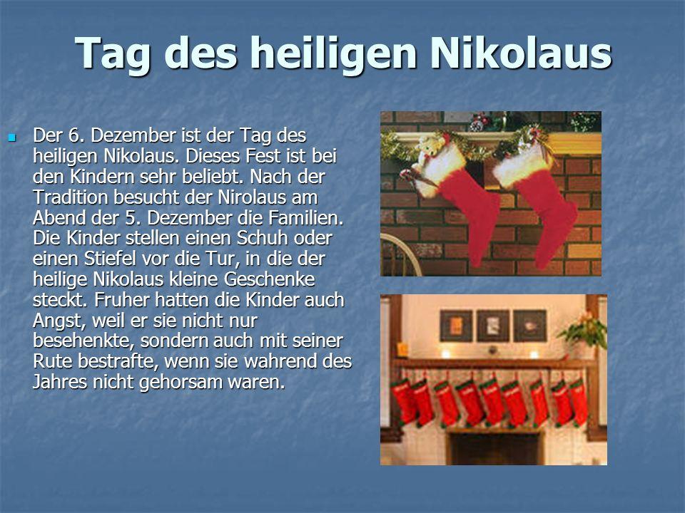 Adventskranz Die vier Wochen des Advents - eine glückliche Zeit für diejenigen, die in der schönen Geschichte von Weihnachten glauben und will diese Zeit des Jahres noch reizvoller machen.