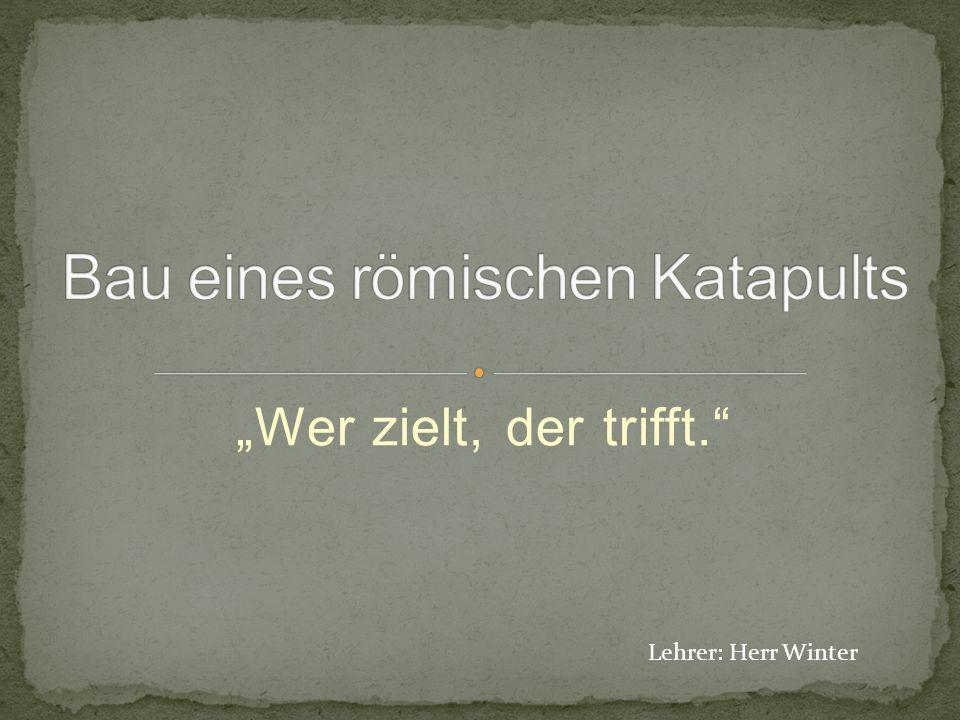 """""""Wer zielt, der trifft. Lehrer: Herr Winter"""