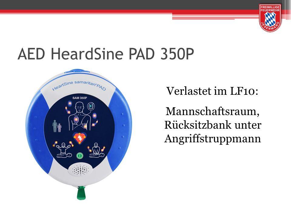 AED HeardSine PAD 350P Verlastet im LF10: Mannschaftsraum, Rücksitzbank unter Angriffstruppmann