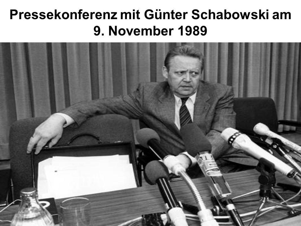 Pressekonferenz mit Günter Schabowski am 9. November 1989