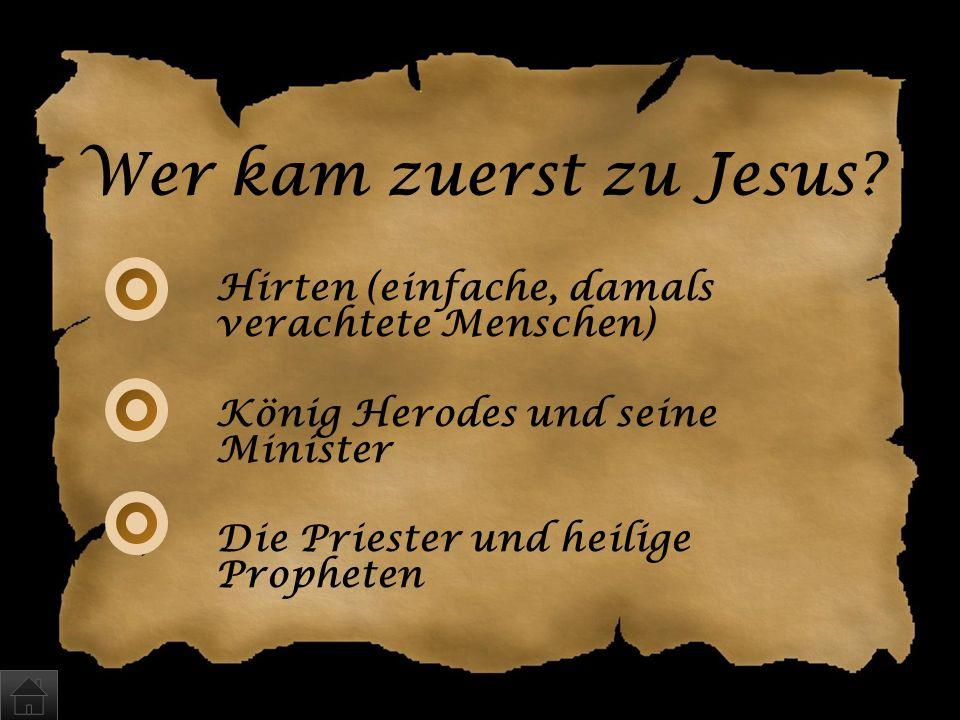 Alle drei Antworten sind zu- treffend. In der Bibel finden sich über 600 teils sehr de- taillierte Ankündigungen, die den kommenden Retter vorab besch