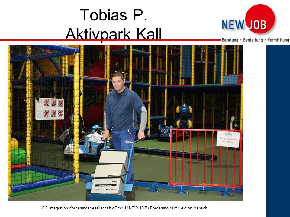 7 Tobias P.