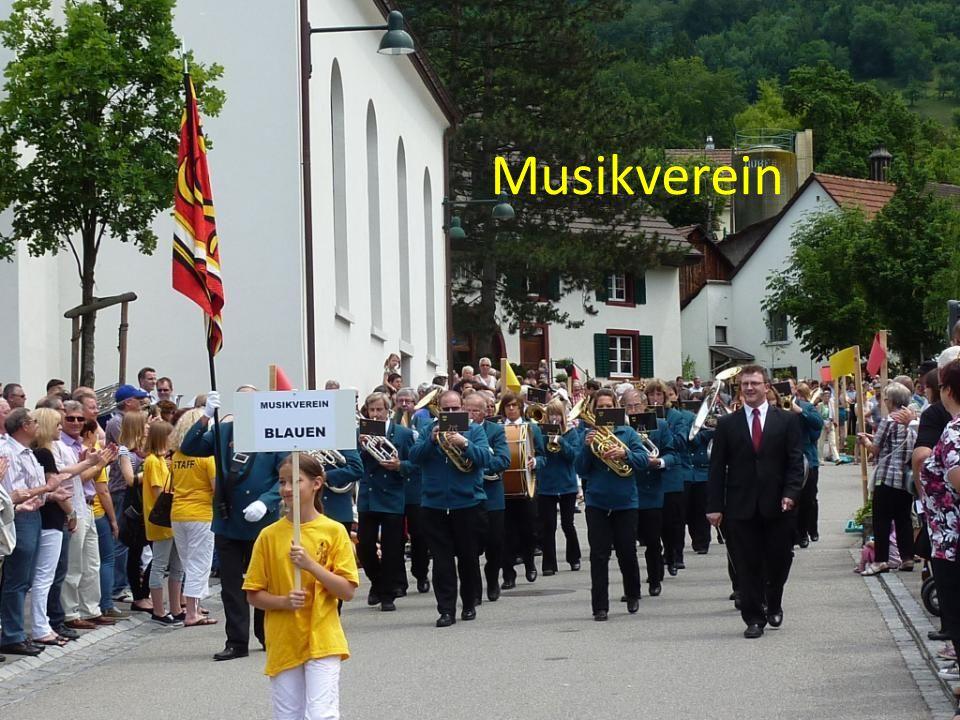 Auswahl aus dem vielfältigen Vereinsleben und Dorfgeschehen: Mitmachen.