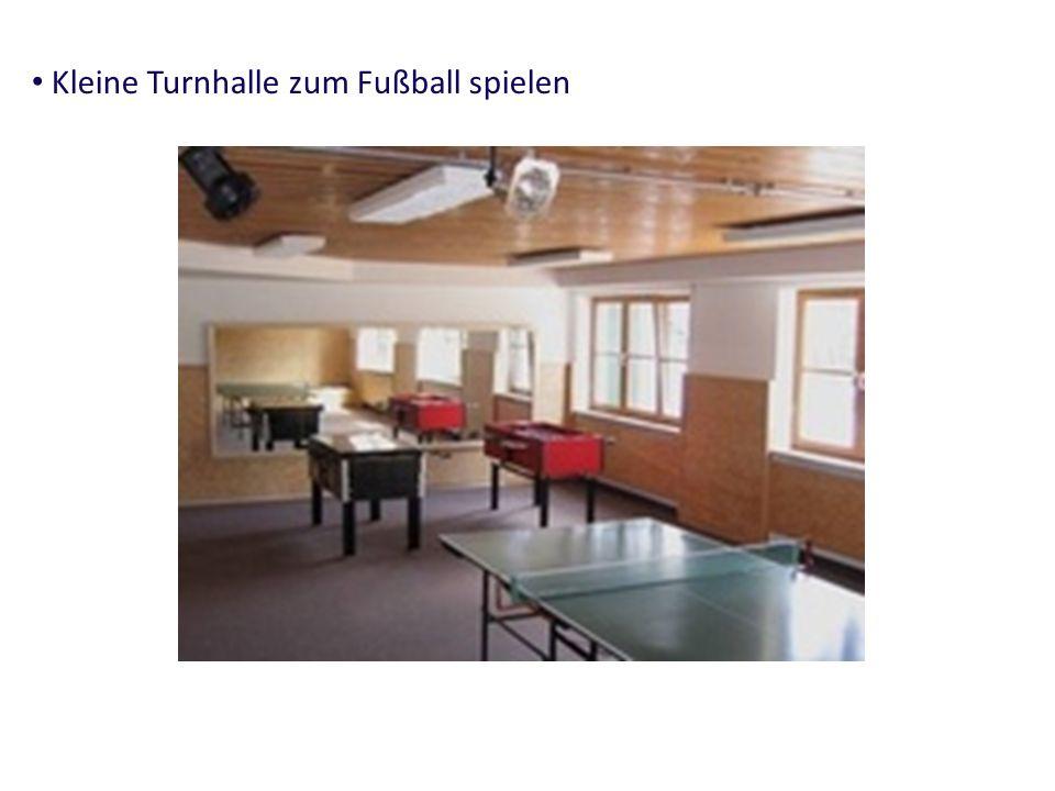 Kleine Turnhalle zum Fußball spielen