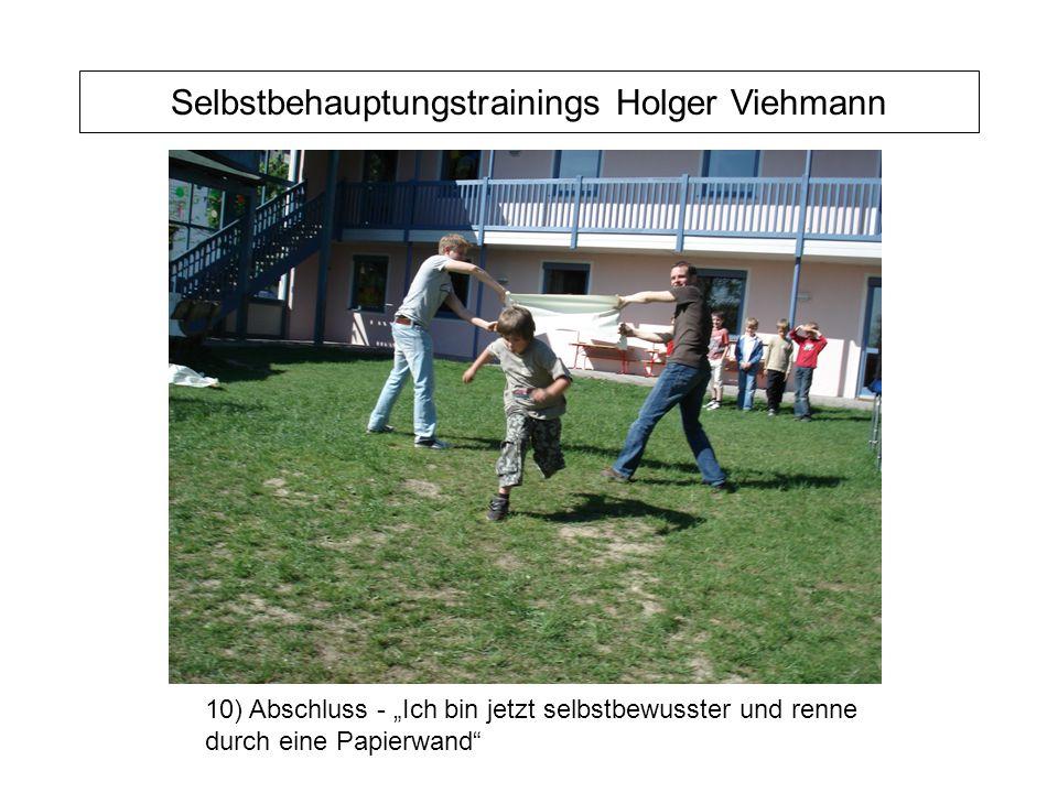 """Selbstbehauptungstrainings Holger Viehmann 10) Abschluss - """"Ich bin jetzt selbstbewusster und renne durch eine Papierwand"""