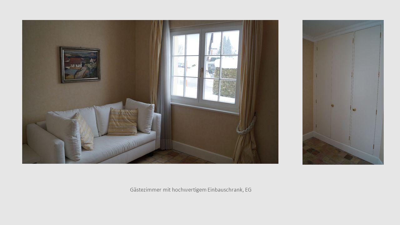 Gästezimmer mit hochwertigem Einbauschrank, EG