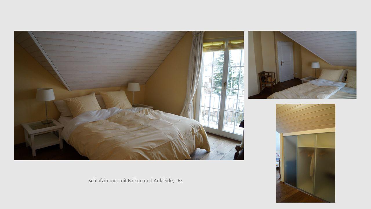 Schlafzimmer mit Balkon und Ankleide, OG