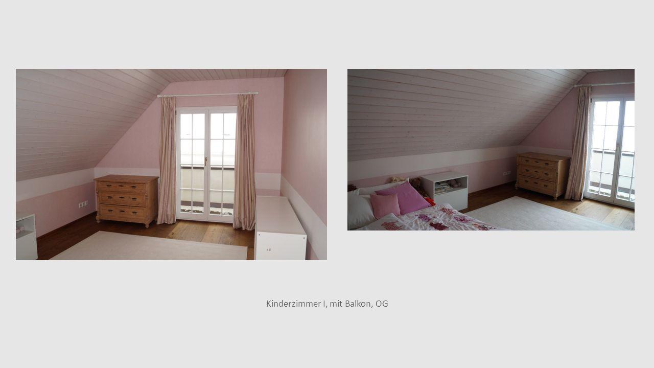 Kinderzimmer I, mit Balkon, OG