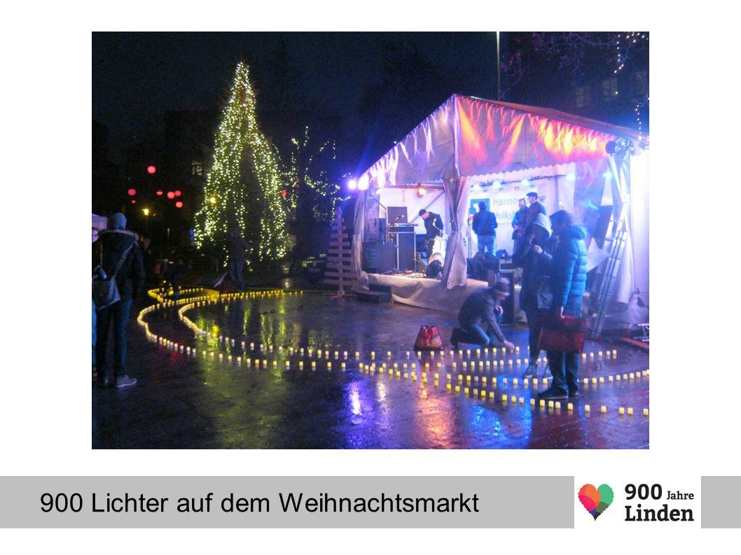 900 Lichter auf dem Weihnachtsmarkt