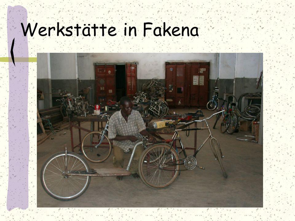 Werkstätte in Fakena