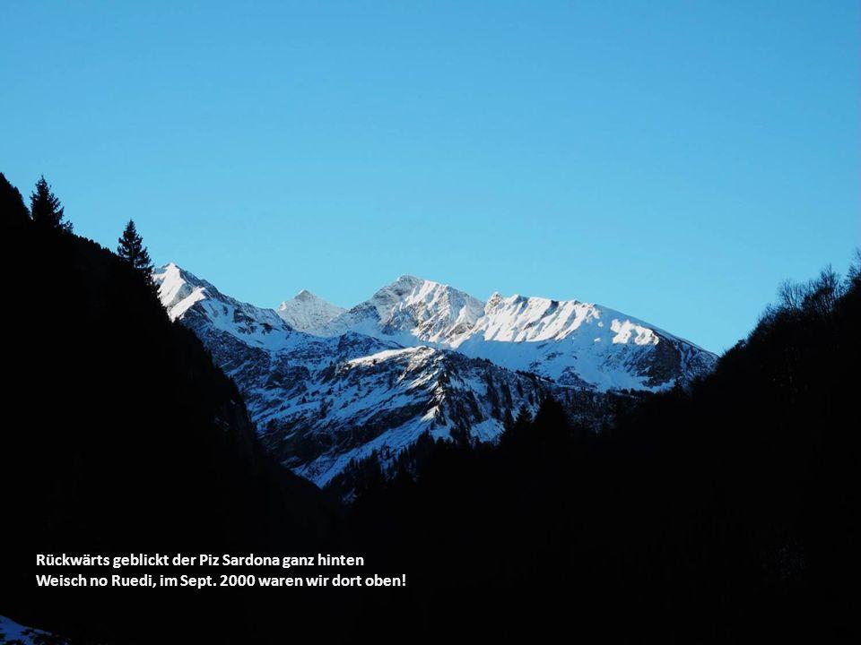 Ruedi, der alle Berge intus hat, sucht hier auf der Karte nur die Bestätigung von dem, was er schon weiss