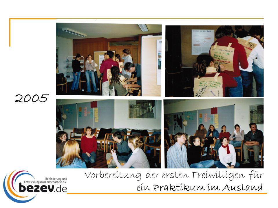 Vorbereitung der ersten Freiwilligen für ein Praktikum im Ausland