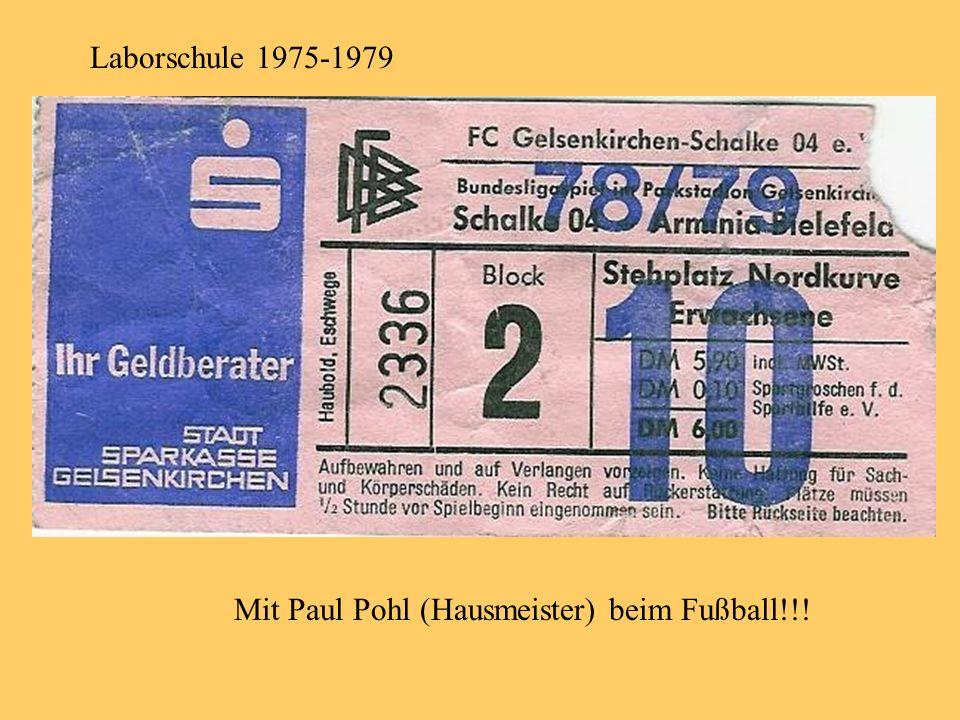 Laborschule 1975-1979 Mit Paul Pohl (Hausmeister) beim Fußball!!!