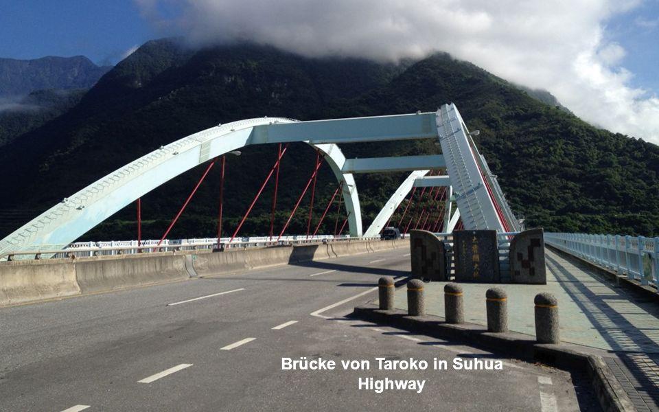 10. Die Taiwan Suhua Route ist ein 118 km langer Abschnitt der Provinzstraße Nummer 9 in Taiwan. Von Su-ao Township über Yilan endet sie in der Stadt