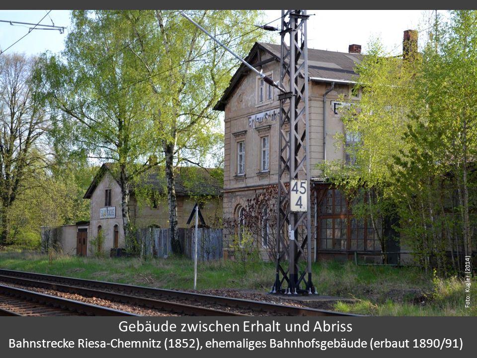 Gebäude zwischen Erhalt und Abriss Bahnstrecke Riesa-Chemnitz (1852), ehemaliges Bahnhofsgebäude (erbaut 1890/91) Foto: Kugler (2014)